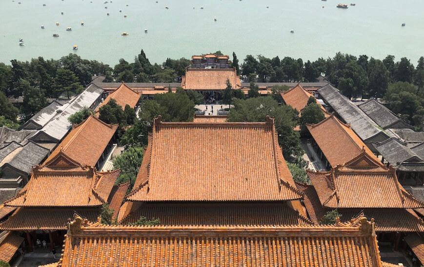 中国建筑讲求的对称性